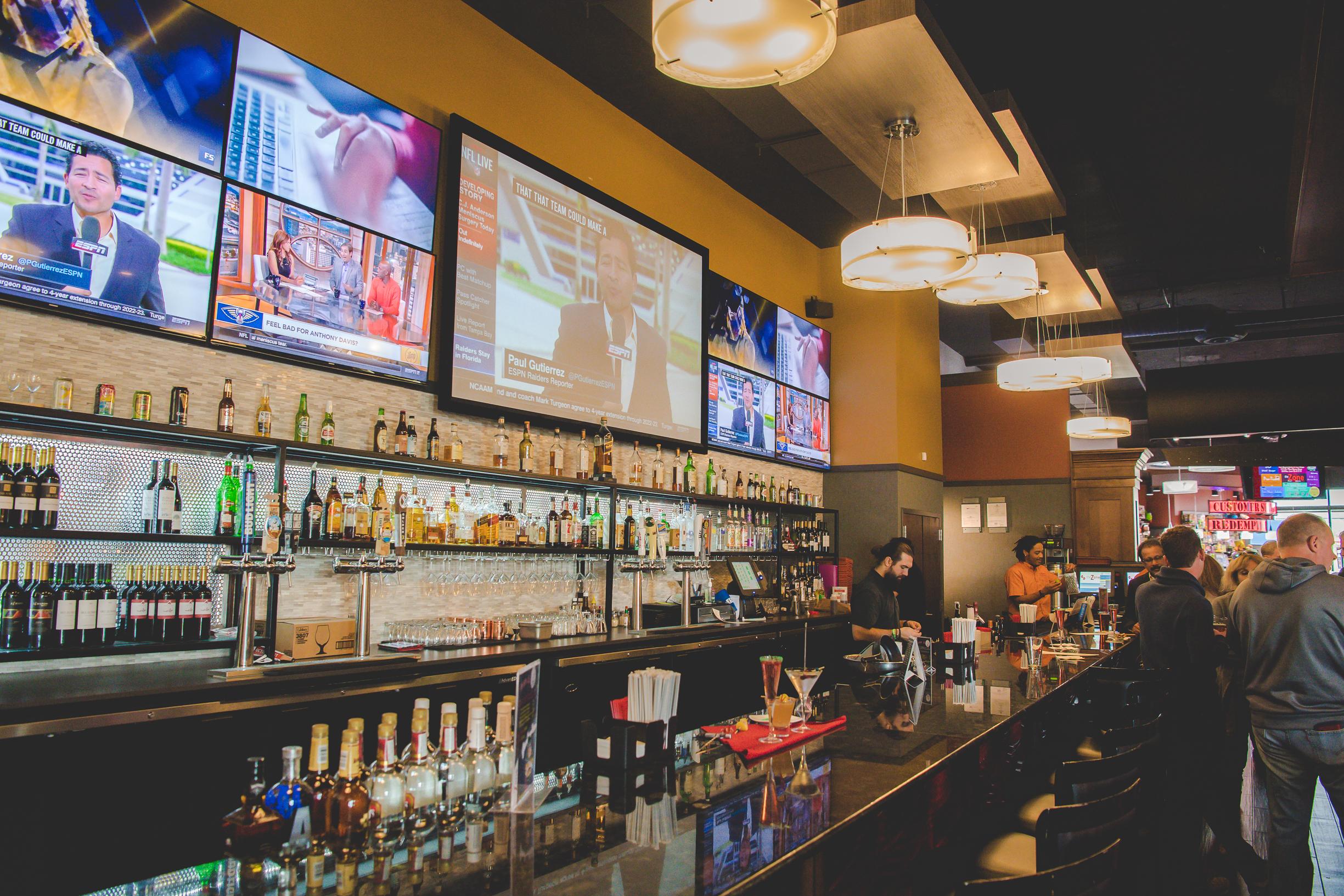 The Zone Restaurant And Bar In Ashburn Va Play Eat